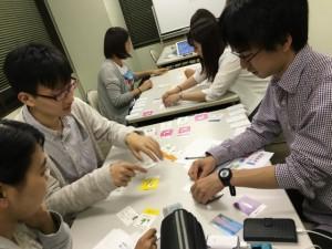 神奈川大学の3年生が就カツを体験中